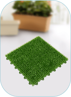 Interlocking grass floor mat